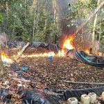 Dirandro destruye laboratorio rústico de elaboración de droga en VRAEM